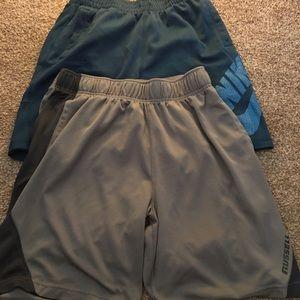 2 pairs medium men's athletic basketball shorts